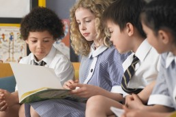 young children reading